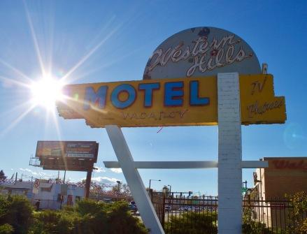 western-hills-motel-denver-co-sign