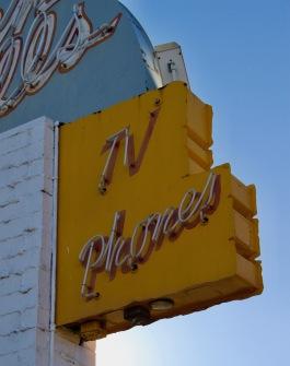 western-hills-motel-tv-denver-co